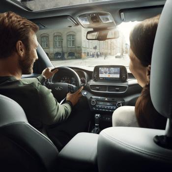 mimosa - brand consultancy - digital marketing agency - creative studio - Car - Hyundai Zonauto Sur